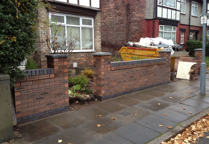 Side View Entrance Garden Wall Aintree