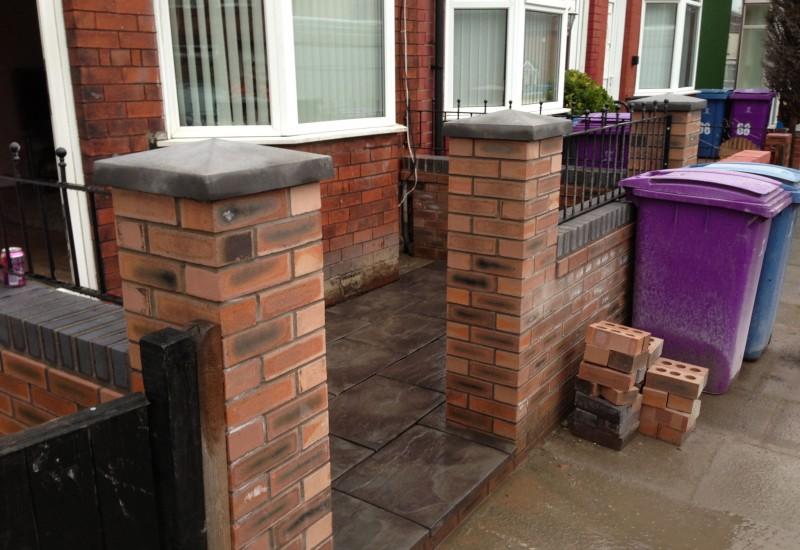 Aintree Garden Wall Columns