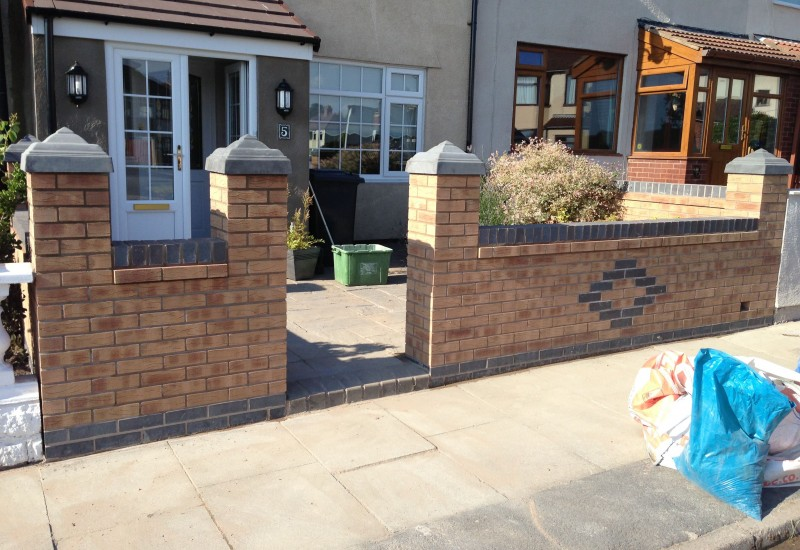 Garden Wall with Gate Area Bootle